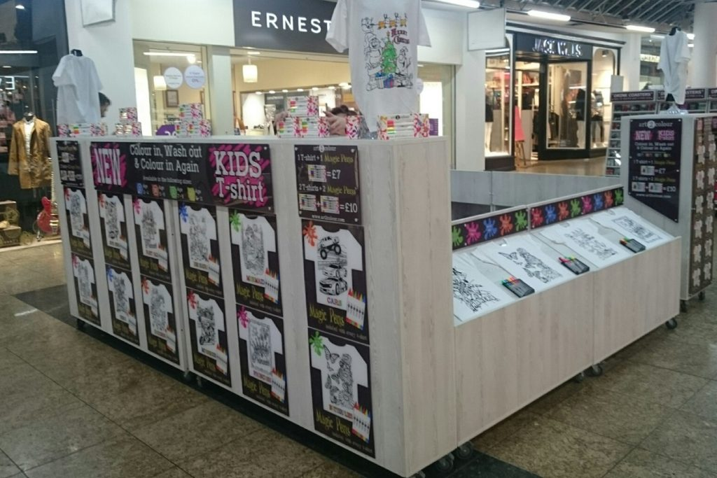 Art2Colour on POP Kiosk in Meadowhall Sheffield for Christmas period
